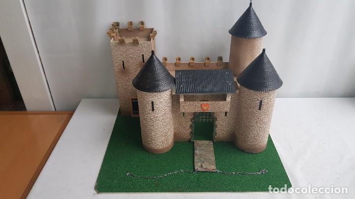 Figuras de Goma y PVC: Castillo medieval completo con soldados château-fort n° 3 ref. Ba 42103 Starlux - Foto 2 - 215087692