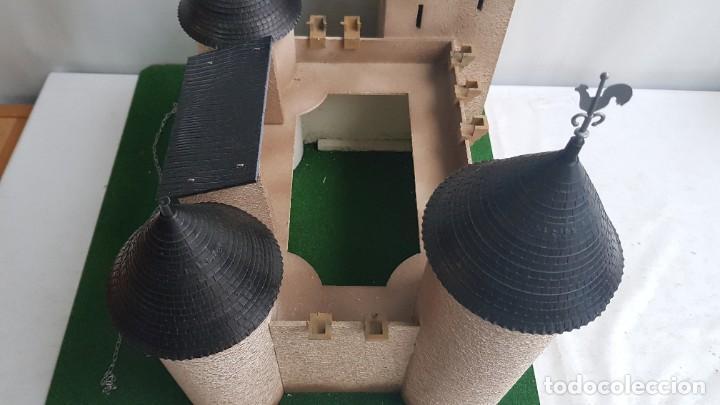 Figuras de Goma y PVC: Castillo medieval completo con soldados château-fort n° 3 ref. Ba 42103 Starlux - Foto 7 - 215087692