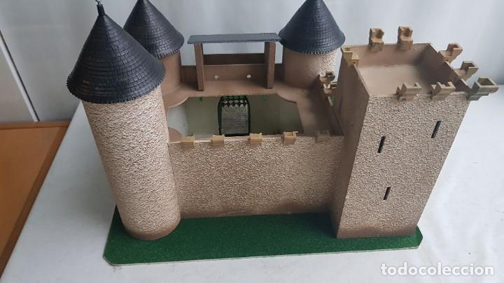 Figuras de Goma y PVC: Castillo medieval completo con soldados château-fort n° 3 ref. Ba 42103 Starlux - Foto 9 - 215087692