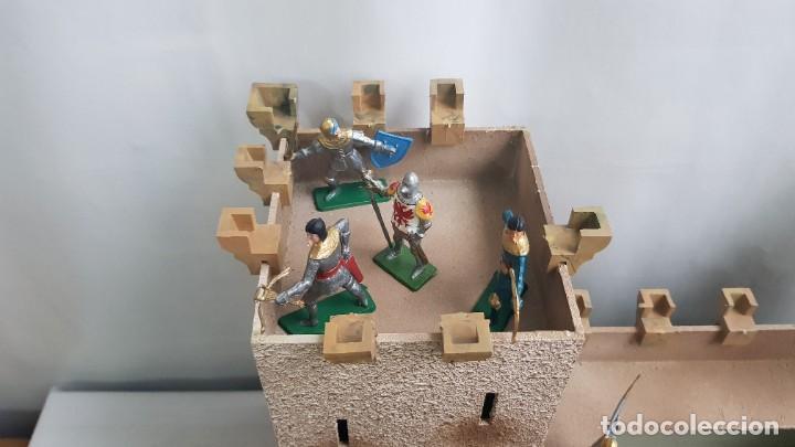 Figuras de Goma y PVC: Castillo medieval completo con soldados château-fort n° 3 ref. Ba 42103 Starlux - Foto 14 - 215087692