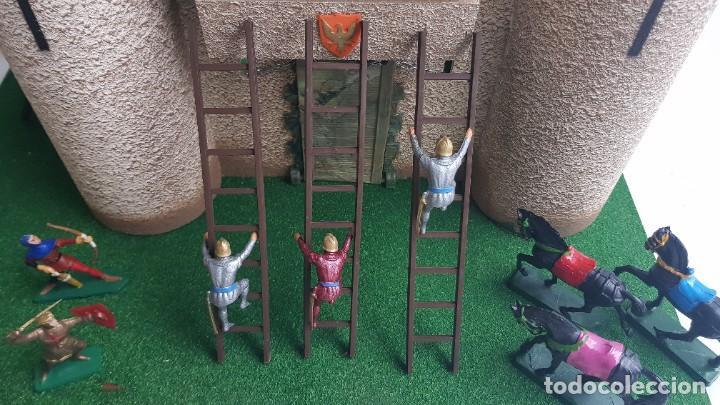 Figuras de Goma y PVC: Castillo medieval completo con soldados château-fort n° 3 ref. Ba 42103 Starlux - Foto 19 - 215087692