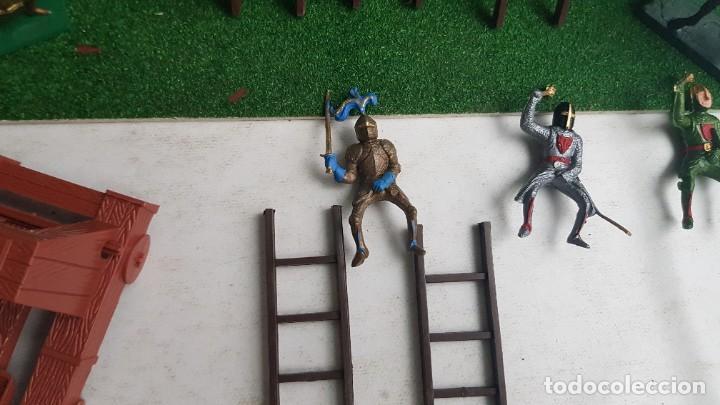 Figuras de Goma y PVC: Castillo medieval completo con soldados château-fort n° 3 ref. Ba 42103 Starlux - Foto 22 - 215087692