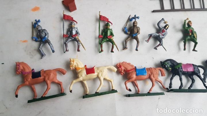 Figuras de Goma y PVC: Castillo medieval completo con soldados château-fort n° 3 ref. Ba 42103 Starlux - Foto 27 - 215087692