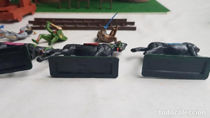 Figuras de Goma y PVC: Castillo medieval completo con soldados château-fort n° 3 ref. Ba 42103 Starlux - Foto 30 - 215087692