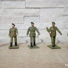 Figuras de Goma y PVC: LOTE DE 5 ANTIGUAS FIGURAS PARACAIDISTAS DESFILANDO.PLASTICO . REAMSA.. Lote 215128653