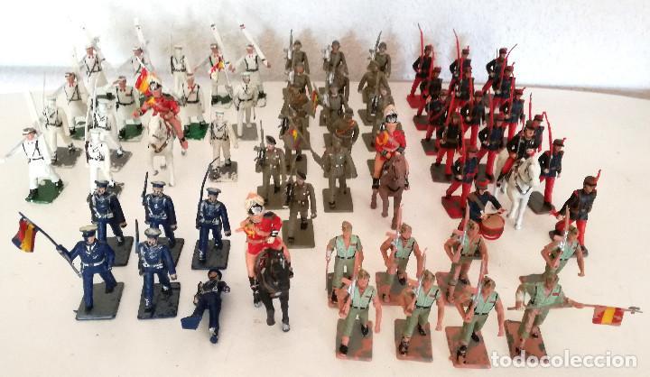 EXCELENTE LOTE 67 FIGURAS SOLDADOS DESFILE EJÉRCITO ESPAÑOL REAMSA GOMARSA SOLDIS 60S 70S (Juguetes - Figuras de Goma y Pvc - Reamsa y Gomarsa)
