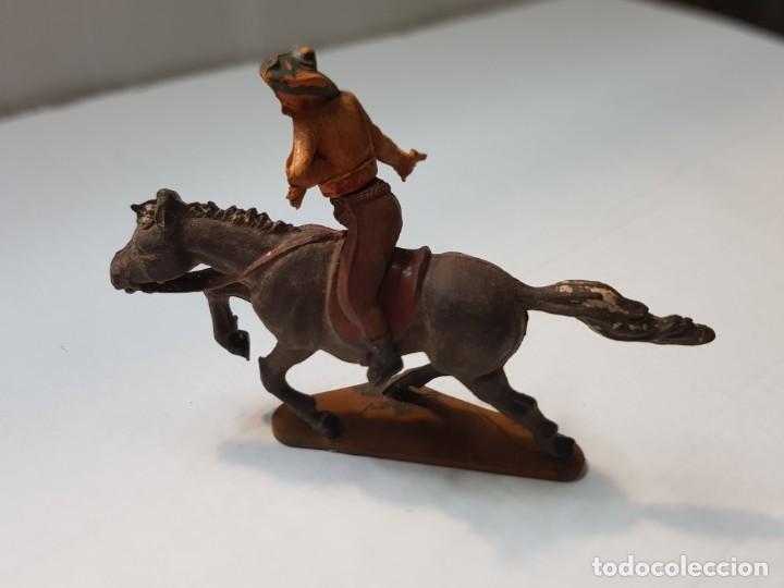 Figuras de Goma y PVC: Figura Vaquero herido en Goma de Gama articulada - Foto 2 - 215481900