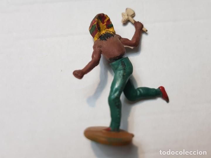 Figuras de Goma y PVC: Figura Indio con hacha en Goma de Gama articulada - Foto 2 - 215483388