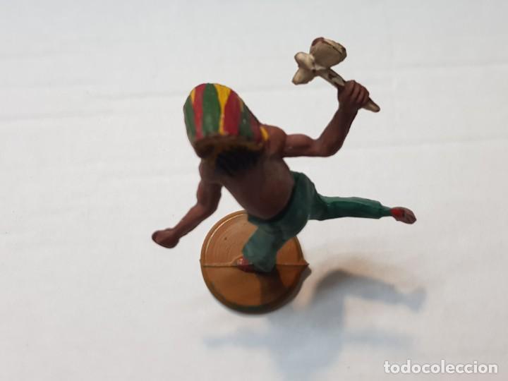 Figuras de Goma y PVC: Figura Indio con hacha en Goma de Gama articulada - Foto 3 - 215483388