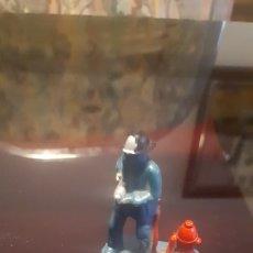 Figuras de Goma y PVC: FIGURA BOMBERO EN PLÁSTICO DURO, POSIBLEMENTE JECKSAN PECH O SIMILAR. Lote 215759051