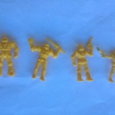Figuras de Borracha e PVC: LOTE 4 FIGURAS DUNKIN NAVES ROBOTS AMARILLO AÑOS 80 PHOSKITOS. Lote 215822136