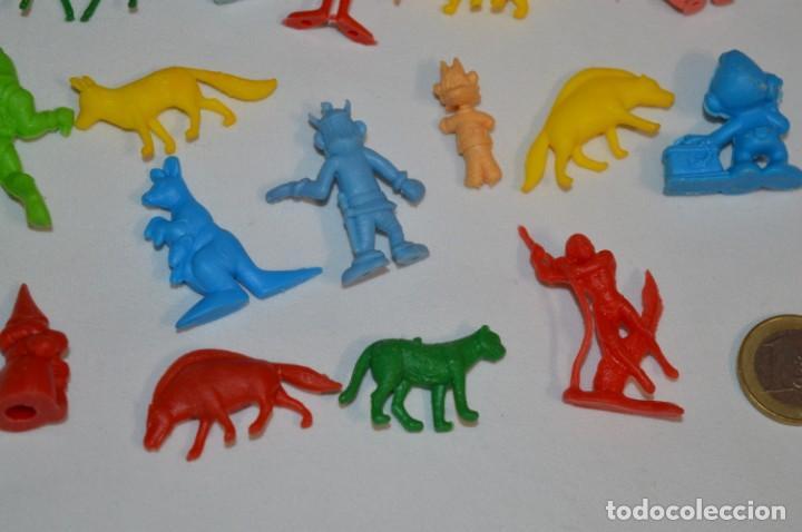 Figuras de Goma y PVC: Variadas colecciones / Lote de FIGURAS / FIGURITAS / Tipo/tamaño DUNKIN y SIMILARES - ¡Mira! Lote 05 - Foto 9 - 215894211