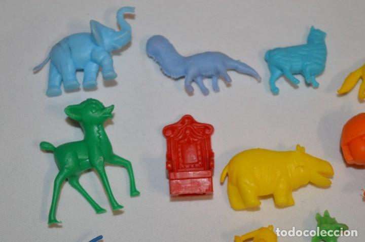 Figuras de Goma y PVC: Variadas colecciones / Lote de FIGURAS / FIGURITAS / Tipo/tamaño DUNKIN y SIMILARES - ¡Mira! Lote 06 - Foto 2 - 215895216