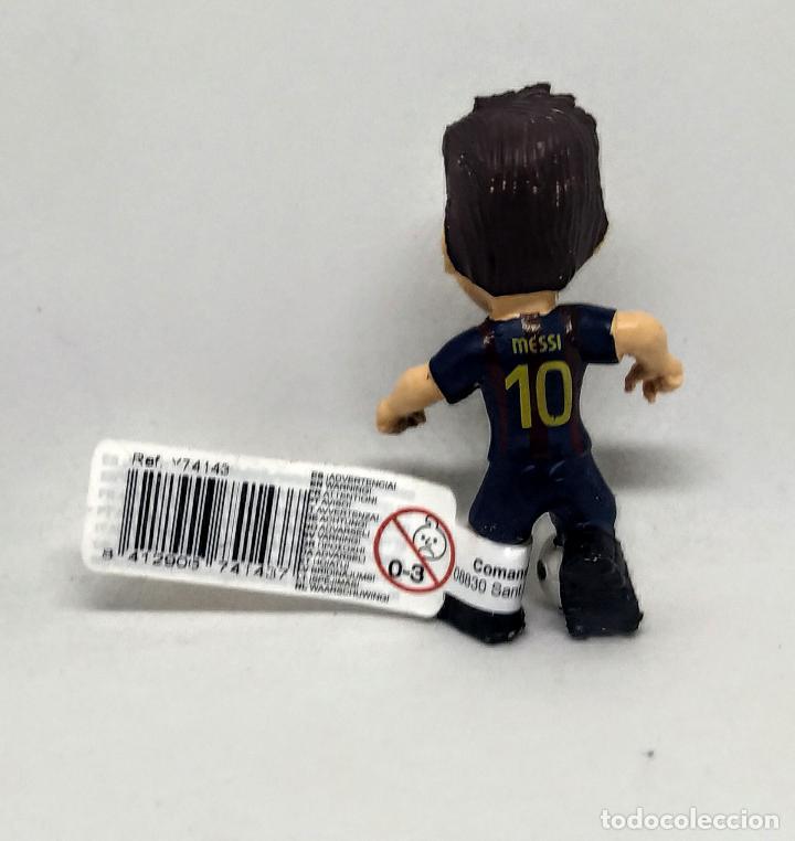 Figuras de Goma y PVC: Figura comansi Lionel Messi con balón Fútbol Club Barcelona nuevo con etiqueta - Foto 2 - 216423032