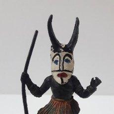 Figuras de Borracha e PVC: HECHICERO - BRUJO AFRICANO KAKUANA . REALIZADO POR PECH . ORIGINAL AÑOS 50 EN GOMA. Lote 216954676