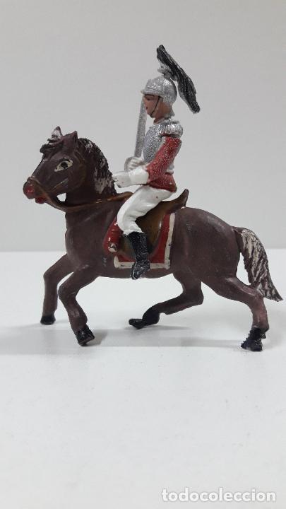 Figuras de Goma y PVC: CORACERO DEL REY A CABALLO . REALIZADO POR TEIXIDO . ORIGINAL AÑOS 60 . CABALLO NO INCLUIDO - Foto 6 - 217168872
