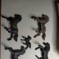 Figuras de Goma y PVC: LOTE 5 FIGURAS NO SE MARCA (REAMSA,JECSAN,COMANSI.LAFREDO,ETC????)CABALLOS. Lote 217631900