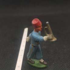 Figuras de Borracha e PVC: FIGURA STARLUX DE ORQUESTA TOCANDO LA TROMPETA DESFILANDO TIPO REAMSA JECSAN ETCÉTERA. Lote 217679326