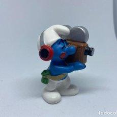 Figuras de Borracha e PVC: PITUFOS PVC - SCHLEICH - PEYO - CAMARA DE CINE - FILMMAKER. Lote 208150657