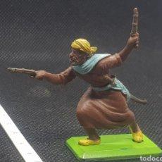 Figuras de Goma y PVC: GUERRERO ÁRABE DE BRITAIN'S DEETAIL 71 CON BASE METÁLICA. Lote 217828982