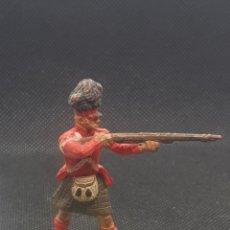 Figuras de Goma y PVC: TIRADOR ESCOCÉS DE BRITAIN'S DEETAIL 71. Lote 217831178