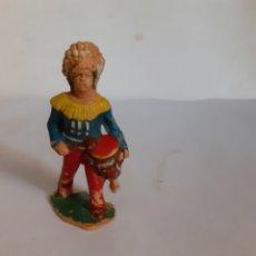 Figuras de Goma y PVC: FIGURA INDIO CON TAMBOR REAMSA PLASTICO. Lote 217995481