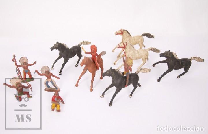Figuras de Goma y PVC: Conjunto de 5 Caballos y 6 Indios de Goma Sotorres - Años 50-60 - Foto 9 - 218085131