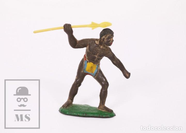 FIGURA DE CONJUNTO SAFARI SOTORRES - GOMA - GUERRERO AFRICANO CON LANZA / ÁFRICA - AÑOS 50-60 (Juguetes - Figuras de Goma y Pvc - Sotorres)