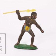Figuras de Goma y PVC: FIGURA DE CONJUNTO SAFARI SOTORRES - GOMA - GUERRERO AFRICANO CON LANZA / ÁFRICA - AÑOS 50-60. Lote 218089151