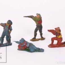 Figuras de Borracha e PVC: CONJUNTO DE 4 FIGURAS DE GOMA SOTORRES - VAQUEROS - ALTURA 6,5 CM. Lote 218090815