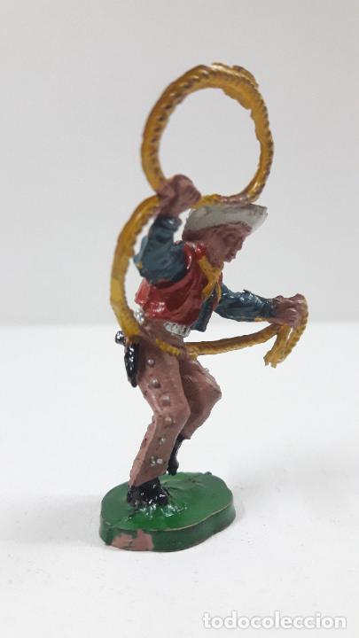 Figuras de Goma y PVC: VAQUERO - COWBOY CON LAZO . REALIZADO POR LAFREDO . SERIE PEQUEÑA - ALTURA 5,8 CM . AÑOS 50 EN GOMA - Foto 4 - 218128723