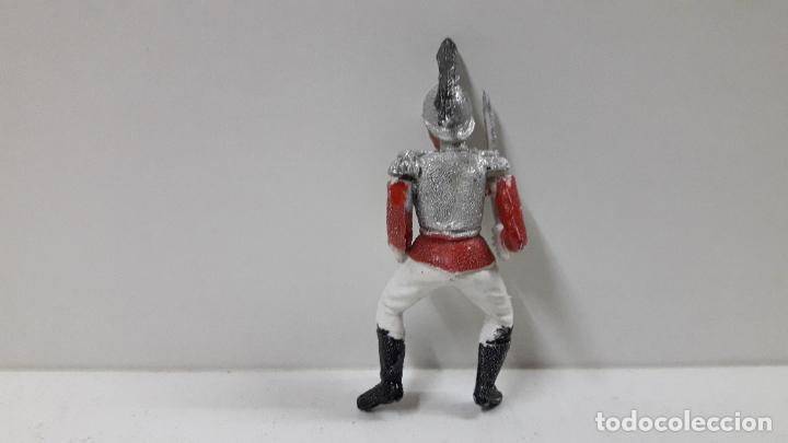 Figuras de Goma y PVC: CORACERO DEL REY A CABALLO . REALIZADO POR TEIXIDO . ORIGINAL AÑOS 60 . CABALLO NO INCLUIDO - Foto 6 - 218333415
