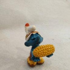 Figuras de Goma y PVC: PITUFO INDIO CON MAZORCA, PORTUGAL. Lote 218479527