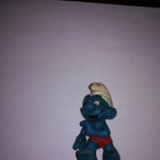 Figuras de Goma y PVC: PITUFO ATLETA FIGURA DE PVC SCHLEICH. Lote 218528447