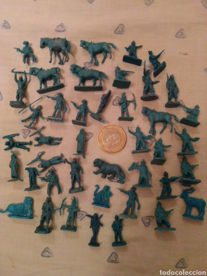 FIGURAS MONTAPLEX SOBRES SORPRESA (Juguetes - Figuras de Goma y Pvc - Montaplex)