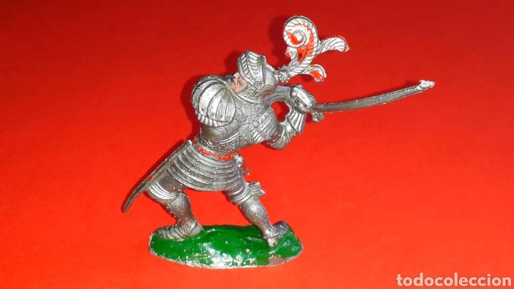 Figuras de Goma y PVC: Caballero medieval, serie grande, fabricado en plástico, Lafredo made in Spain, años 60. - Foto 2 - 218768715