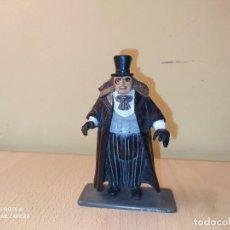 Figuras de Goma y PVC: FIGURA HOMBRE PINGÜINO ENEMIGO BATMAN COMIC SPAIN AÑOS 90 PVC DC COMICS OSWALD CHESTERFIELD. Lote 218787618