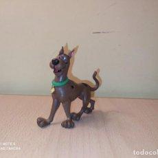 Figuras de Goma y PVC: FIGURA SCOOBY DOO COMICS SPAIN HANNA BARBERA PERRO PVC AÑOS 80. Lote 218790943