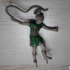 Figuras de Borracha e PVC: FIGURA MESALA CONDUCTOR CUÁDRIGA, SERIE BEN HUR, GOMA, REAMSA MADE IN SPAIN, ORIGINAL AÑOS 50.. Lote 219488633