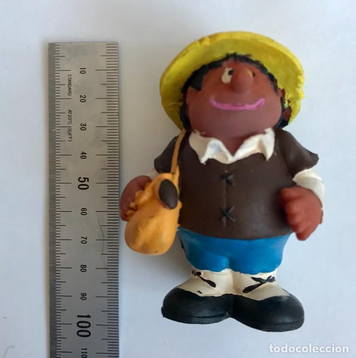Figuras de Goma y PVC: Figura Sancho Panza con bandolera amarilla, de goma blanda de 10cm años 70/80. - Foto 4 - 219530738