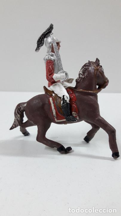 Figuras de Goma y PVC: CORACERO DEL REY A CABALLO . REALIZADO POR TEIXIDO . ORIGINAL AÑOS 60 . CABALLO NO INCLUIDO - Foto 5 - 219545350