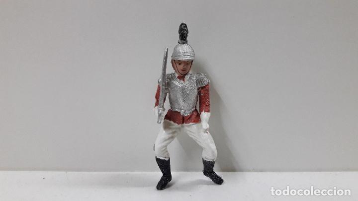 Figuras de Goma y PVC: CORACERO DEL REY A CABALLO . REALIZADO POR TEIXIDO . ORIGINAL AÑOS 60 . CABALLO NO INCLUIDO - Foto 7 - 219545350