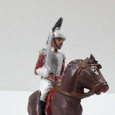Figuras de Goma y PVC: CORACERO DEL REY A CABALLO . REALIZADO POR TEIXIDO . ORIGINAL AÑOS 60 . CABALLO NO INCLUIDO. Lote 219545350