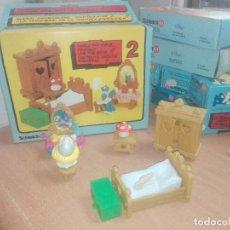 Figuras de Goma y PVC: DORMITORIO DE LA PITUFINA -- PEYO -- ART 4.0602 -- LOS PITUFOS. Lote 219859502