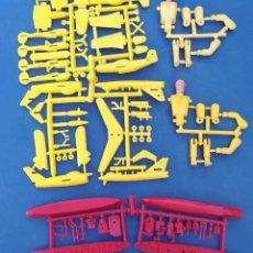 Figuras de Borracha e PVC: MONTAPLEX MONTAMAN MATRICES. Lote 219911342