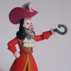 Figuras de Goma y PVC: WALT DISNEY FIGURA PVC CAPITÃO GANCHO-PIRATAS-BULLYLAND-CON ETIQUETA. Lote 219962110