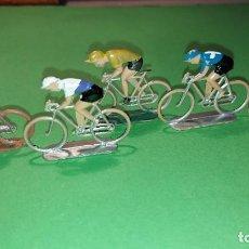 Figuras de Goma y PVC: LOTE 5 CICLISTAS- DE PLASTICO DE SOTORRES - VUELTA CICLISTA - AÑOS 60. Lote 220084642