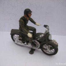 Figuras de Goma y PVC: MOTORISTA TEIXIDOR. Lote 220416105