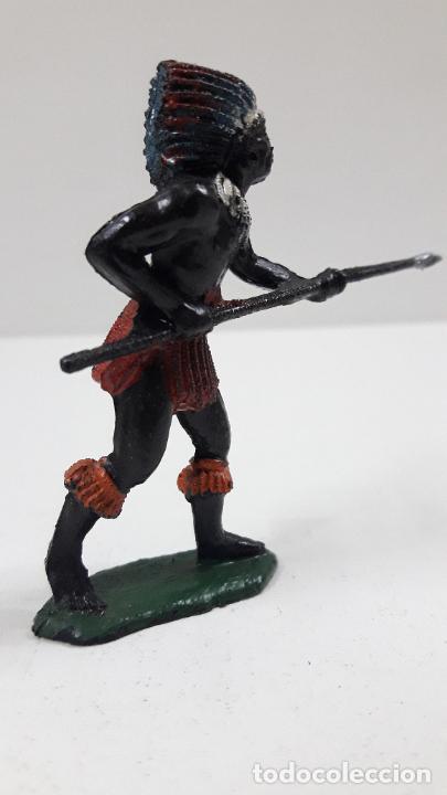 Figuras de Goma y PVC: GUERRERO AFRICANO NEGRO . REALIZADO POR TEIXIDO . SERIE SAFARI . ORIGINAL AÑOS 60 - Foto 4 - 220644493