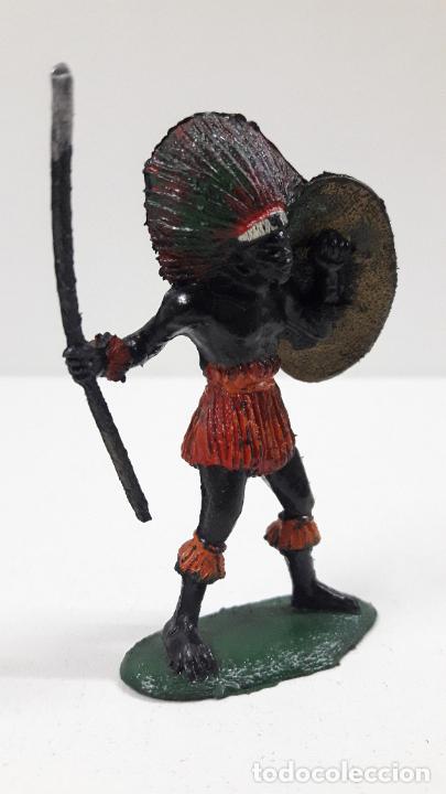 Figuras de Goma y PVC: GUERRERO AFRICANO NEGRO . REALIZADO POR TEIXIDO . SERIE SAFARI . ORIGINAL AÑOS 60 - Foto 4 - 220644562